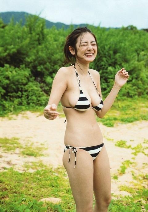 片山萌美31