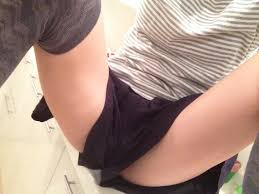 Twitterで女子の自撮り太もも画像検索した結果・・・予想以上のセクシーさにシコたwwww