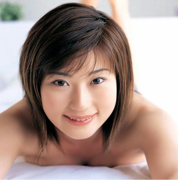 セクシー女優の笠木忍さん(36)勤務先の飲食店『レッドドラゴン』で指名ゼロ! このままだと時給が下がると嘆く