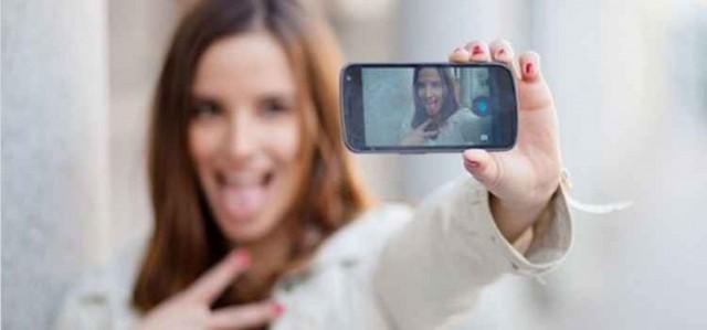 【佐賀】女子中学生の自撮りしたセクシー画像がLINEで拡散され話題に・・・