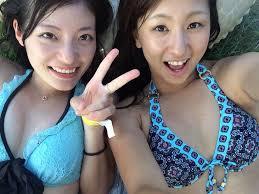 海でテンションあがった素人娘達の水着自撮り画像がシコすぎwwwww