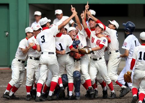 【センバツ高校野球】2016優勝は奈良県の智弁学園! 決勝で高松商に2−1で勝利