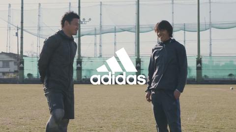 中村俊輔と五郎丸歩が夢の初競演! 俊介が人生初のラグビーボールで神キックも披露!