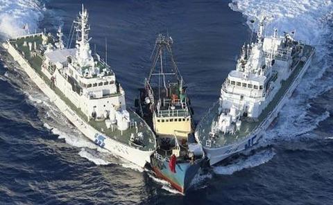 中国海軍の戦艦が侵入で口永良部島に住む137人がヤバイ……