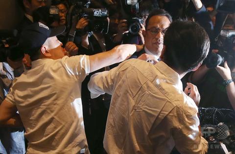 韓国の加湿器用除菌剤『オキシーサクサク』で死傷者1500人 → 代表の謝罪会見で平手打ち【オキシーレキットベンキーザー社】