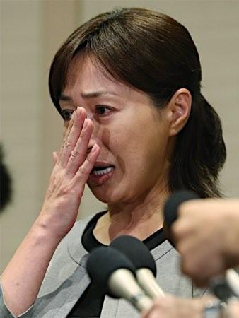 高島礼子が高知東生の逮捕で涙の謝罪「尿検査と事情聴取受けた… 冗談かと…」