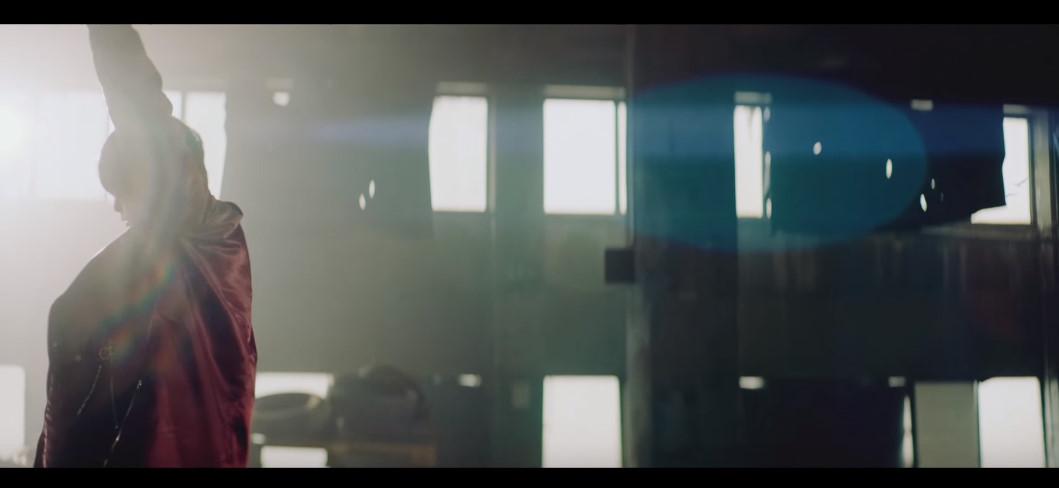 【欅坂46】カモメ、いた。【ガラスを割れ!MV:新宮監督】※誹謗中傷など明らかに酷いコメントを書いた場合以後、書き込みNGとなります。アンチコメントには反応しないでください。(PC画面ではIDが表示されます)