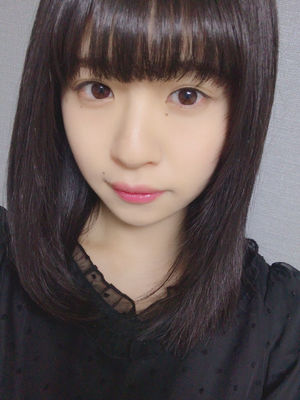 松田好花の微笑み画像