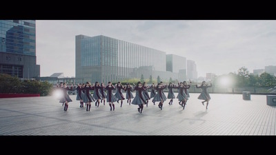news_header_keyakizaka46_mv_10