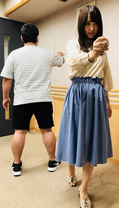 菅井友香のこの表情!w 『ハンターハンター』のあの名場面!そして『レコメン!』でクイズに挑戦!を再現