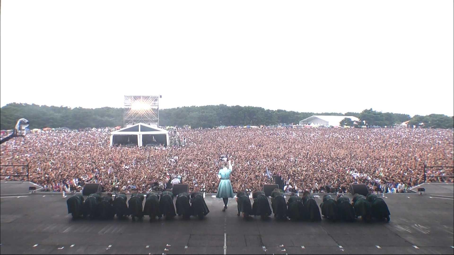 欅坂46のグラスステージがこれなんだが、モー娘。はこんだけ動員できて盛り上げられるの?