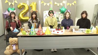 【欅坂46】未完成パーティー開幕!メンバー5名が様々な格好でSR配信に登場!