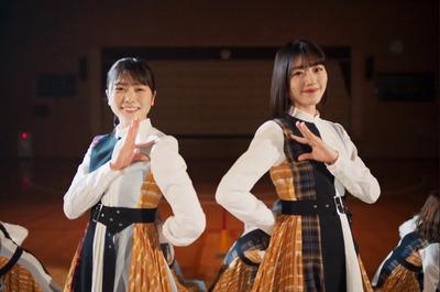 【日向坂46】歴代シングル衣装もオマージュ!『声の足跡』衣装へのこだわりがハンパない