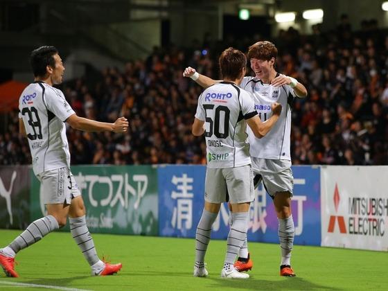 【朗報】Jリーグ残留争いが面白い!G大阪が清水に勝利!