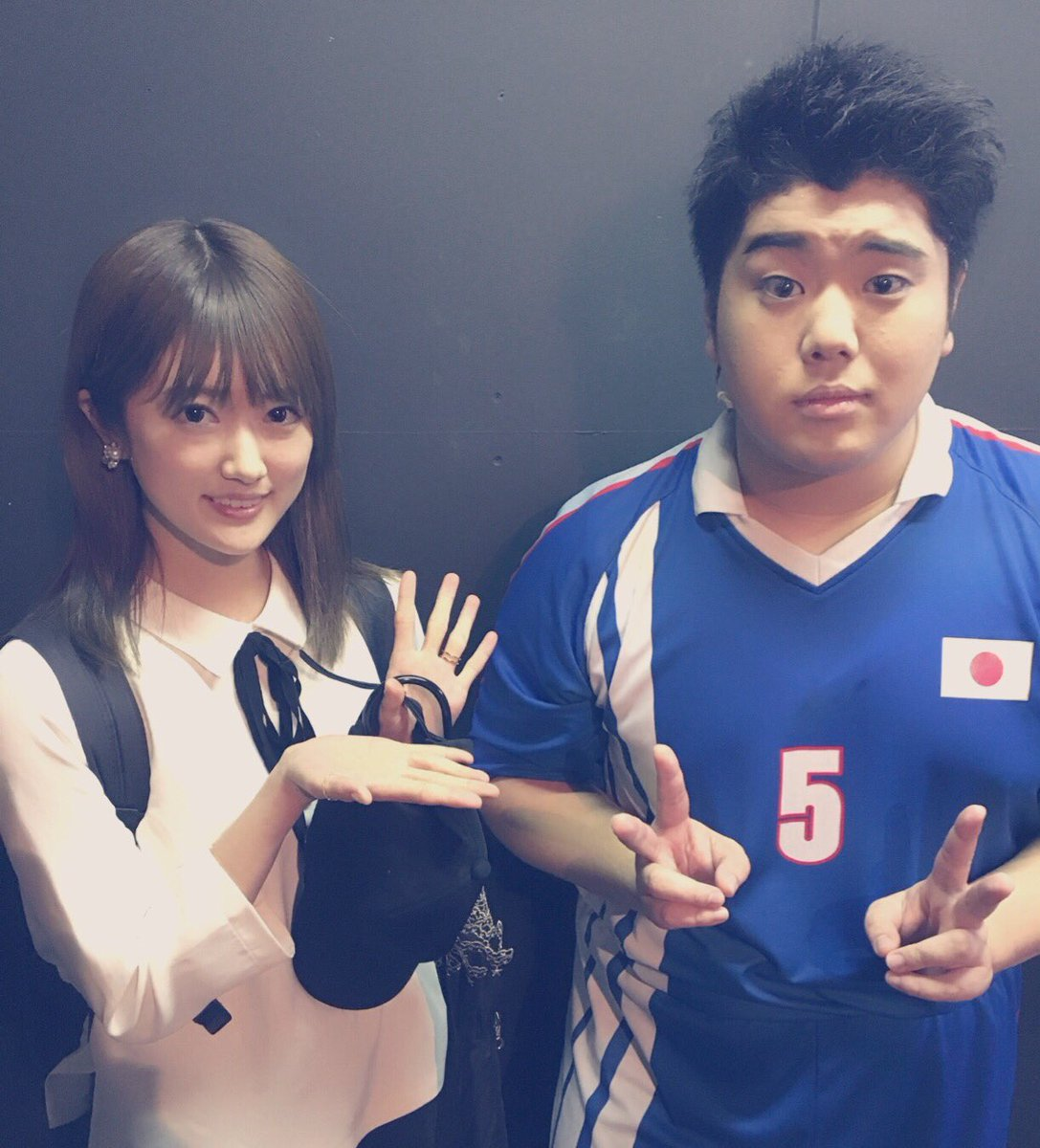 【悲報】乃木坂46樋口日奈、プライベートで左手薬指に指輪