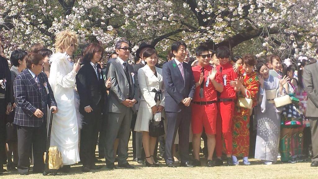 次へ 出典   ももクロ、乃木坂…安倍首相主催「桜を見る会」が豪華メンバー!