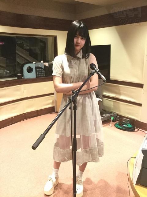 【乃木坂46】中村麗乃はスタイルいいなぁ!