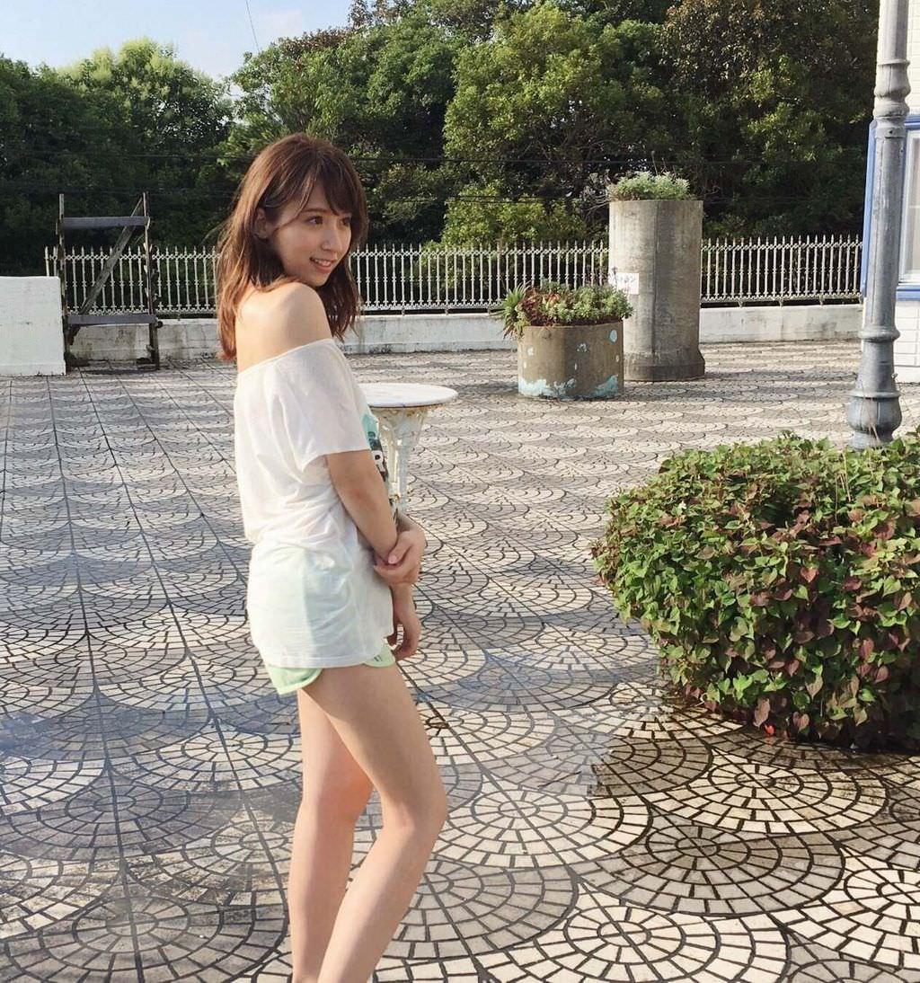 """【乃木坂46】メンバーの""""太もも祭り""""だよー! 他"""