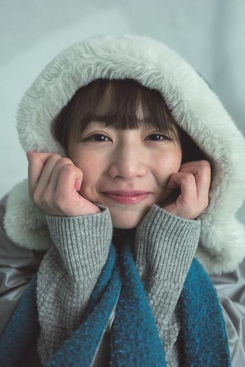 【乃木坂46】北野日奈子写真集が3度目の重版で7・2万部