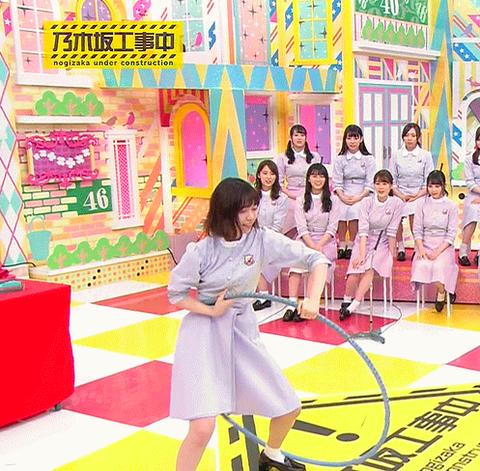 【乃木坂46】西野七瀬さん、フラフープをキャッチする瞬間がカッコいい!!!