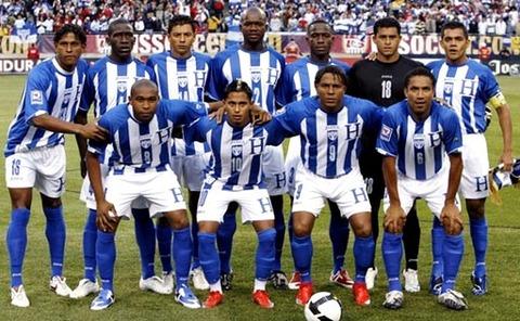 Honduras-09-10-Joma-uniform-stripe-white-blue-group