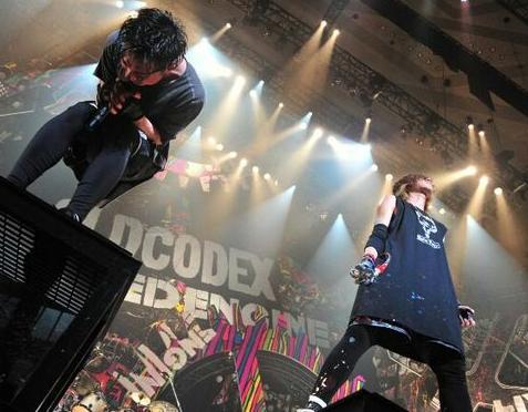 大人気声優のバンドが横浜アリーナでライブをした結果www(※画像あり)