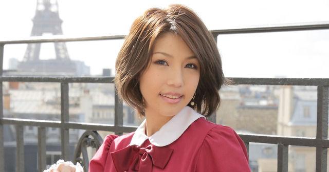 【悲報】今井メロさん、 衝撃のラップ披露からなんともう12年も経過