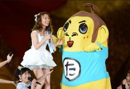 """AKB48国立ライブに""""たかっしー""""こと岡村隆史と矢部が乱入!「たかっしーヤバイww」「さすがに笑ったww」など大盛り上がりだった模様!"""