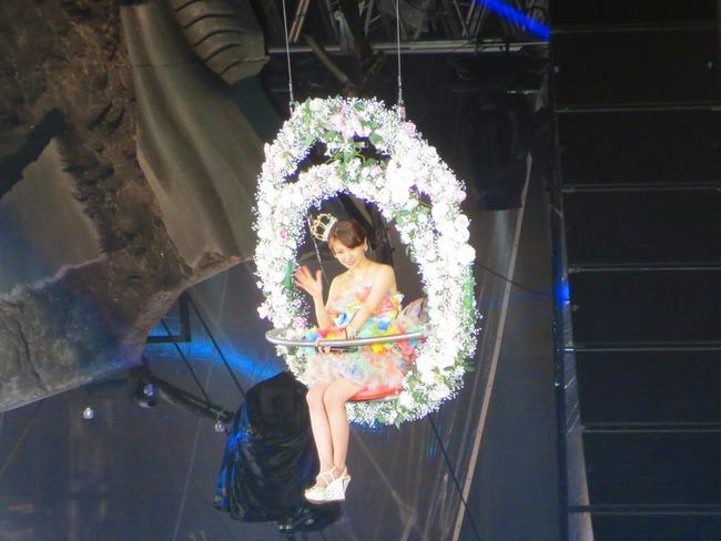 大島優子卒業コンサート画像まとめ!アノ卒業生登場&涙を呼ぶ感動のフィナーレだった模様
