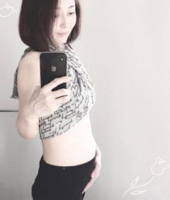 小松みゆき、49歳での妊娠を発表「温かく見守っていただけたら幸いです」