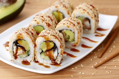 California-Sushi-Roll-2