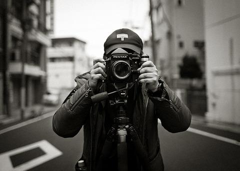 【画像】韓国人写真家が撮影した東京の一泊12ドルのホテルが酷すぎると話題に