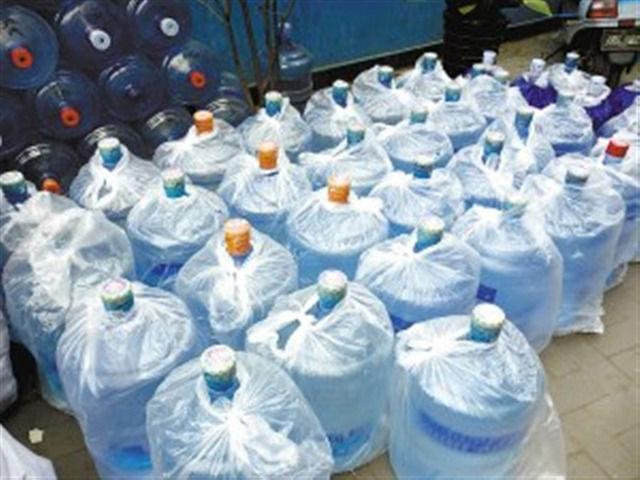 【偽物大国中国】今度は偽物ミネラルウォーターで摘発 有名ブランドのボトルに水道水を入れて販売