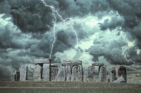 stonehenge-3585480_960_720