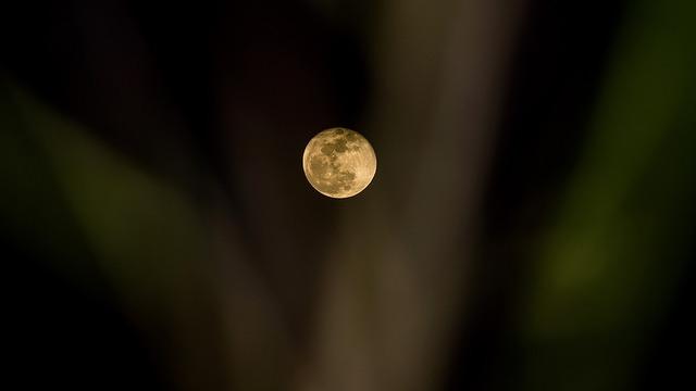 moon-3554247_960_720