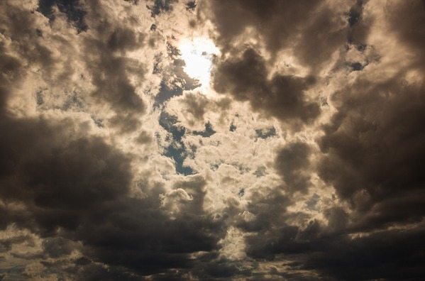 clouds-913835_960_720