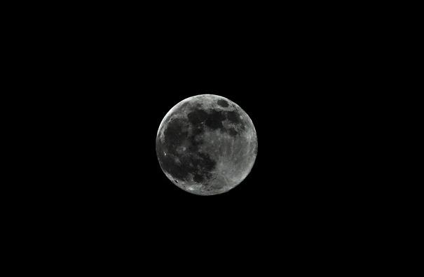 full-moon-5058525_960_720