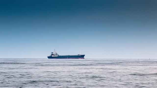 ship-3666972_960_720