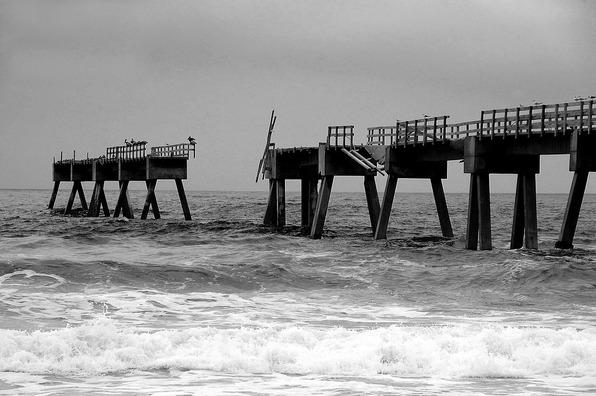 fishing-pier-3603775_960_720