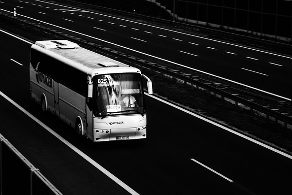 bus-887362_960_720