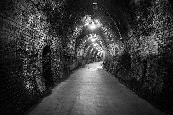 tunnel-626789_960_720