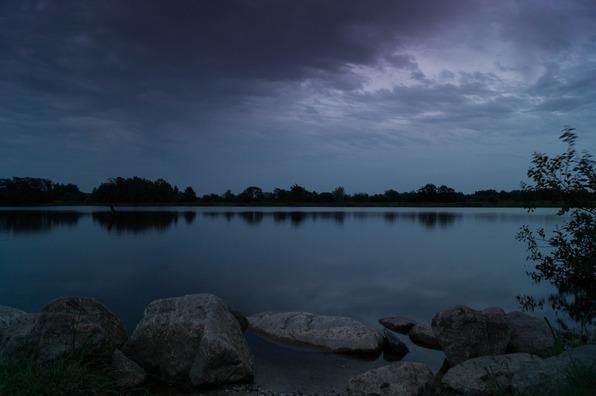 lake-384575_960_720