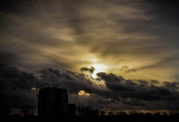 sunset-2628940_960_720