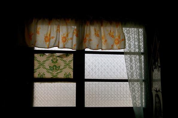 window-405253_960_720