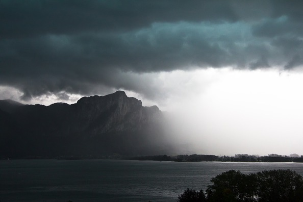 thunderstorm-3196775_960_720