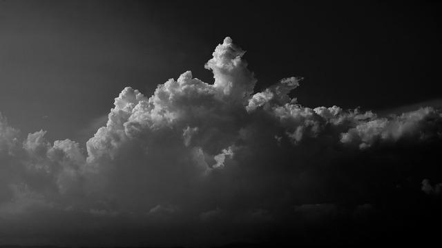 clouds-3407028_960_720