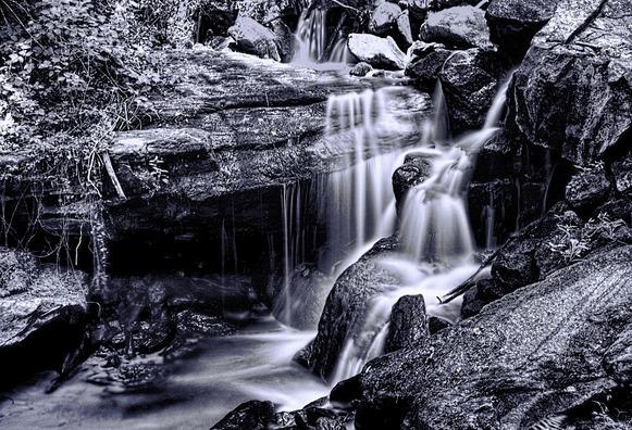waterfall-936595_960_720