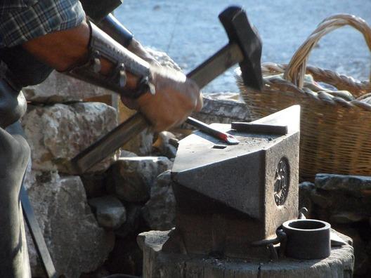 blacksmith-1637803_960_720