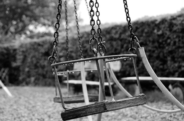 swing-2872159_960_720