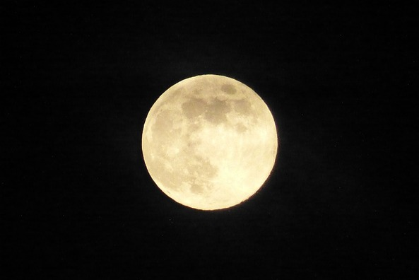 moon-4606685_960_720